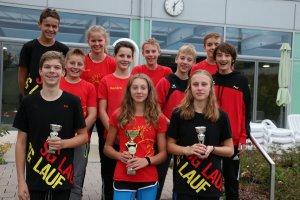 Die elf Wettkampfschwimmer der Schwimmgemeinschaft Lauf waren auch zum Saisonauftakt bereits erfolgreich mit drei Podestplätzen in der Mehrkampfwertung des Cabriosol Cup in Pegnitz